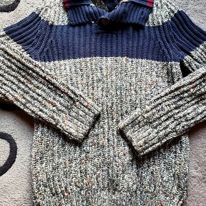 🥳2 for 30! Tommy Hilfiger Knit Sweater